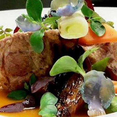 filetto-di-cinta-senese-con-verdure